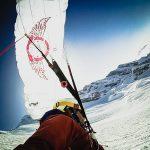 Descente en speed riding, le parapente à ski