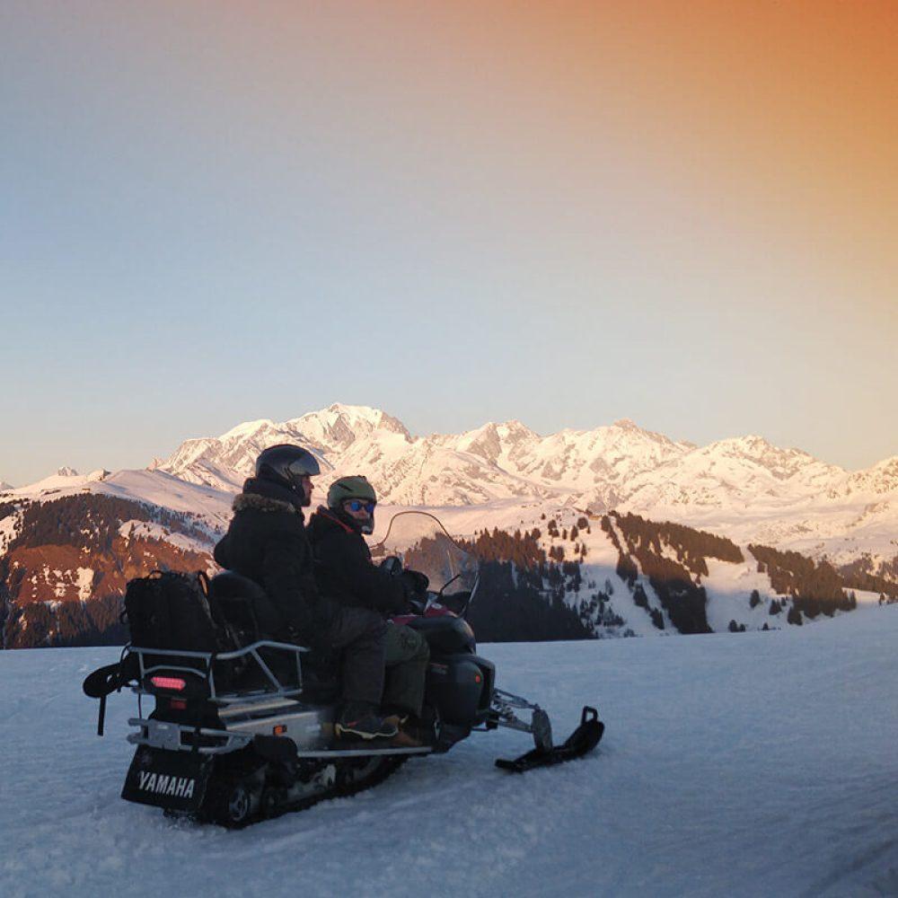 Snowmobiling savoie