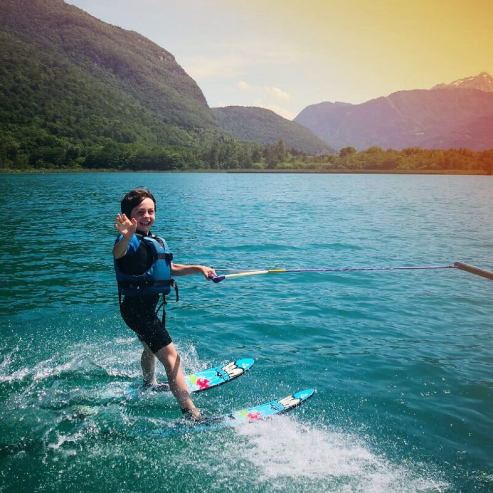 water skiing for children annecy